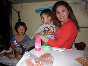 Jingili: the willing babysitter.