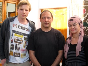 Sjoerd, Max, and the guesthouse owner.