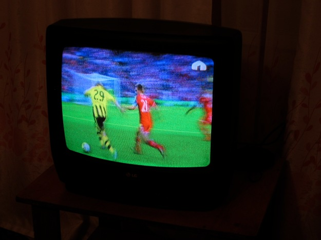 At last! Borussia Dortmund vs Bayern Munich! Notice the yurt marking it as a Kyrgyzstani state television broadcast.